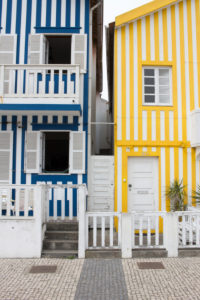 Gestreifte Häuser