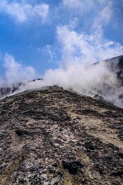 Italien, Sizilien, Liparische Inseln, Vulcano, Gran Cratere, Fumarolen