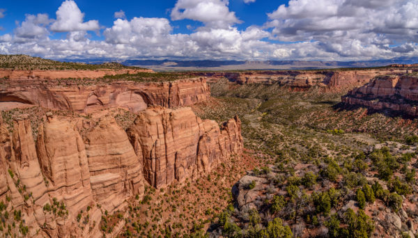 USA, Colorado, Colorado National Monument, Fruita, Monument Canyon with Coke Ovens, view from the Artists Point