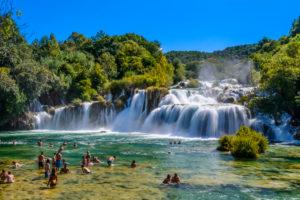Kroatien, Dalmatien, Sibenik Region, Nationalpark Krka, Lozovac, Skradinski buk, Wasserfall