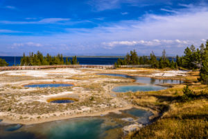 USA, Wyoming, Yellowstone National Park, West Thumb Geyser Basin, Central Basin
