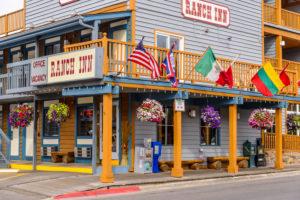 USA, Wyoming, Jackson Hole, Jackson, Ranch Inn Hotel
