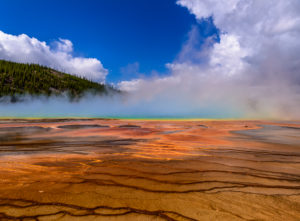 US, Wyoming, Yellowstone National Park, Midway Geyser Basin, Grand Prismatic Spring