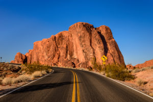 USA, Nevada, Clark County, Overton, Valley of Fire State Park, White Domes Scenic Byway, Gibraltar Rock