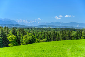 Germany, Bavaria, Upper Bavaria, Tölzer Land, Eurasburg, Faistenberg district, view of Alpine foreland against Alpine chain