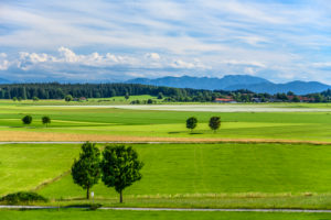 Germany, Bavaria, Upper Bavaria, Tölzer Land, Dietramszell, district Lochen, cultural landscape against Alpine chain
