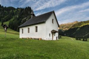 chapel, Alp Nenzinger sky, mountains, meadow