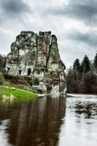 Externsteine mit Wiembecke-Teich