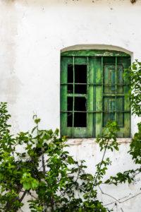 Grünes altes Fenster
