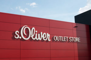 Outlet center in Rottendorf near Würzburg, Comma, - s.Oliver