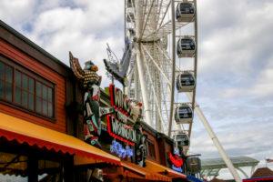 USA, Seattle, Tourismus, Sehenswürdigkeit, Riesenrad Public Market Center