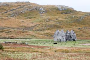 Landschaft in Schottlands Highlands Beinn Dubh Ruine