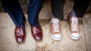 Detailaufnahme, Hochzeit, Bräutigam und Trauzeuge, Schuhe