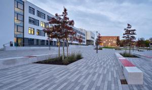 Deutschland, Sachsen-Anhalt, Halle (Saale), Martin-Luther-Universität, Der Steintor-Campus, eröffnet 2015, Architektur: Eßmann, Gärtner, Nieper Architekten, Därr Landschaftsarchitekten