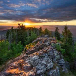 Aussicht vom Gipfel des Großen Rachel, Sonnenuntergang, Nationalpark Bayerischer Wald, Bayern, Deutschland