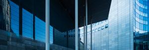 Deutschland, Sachsen, Leipzig, Fassaden von City-Hochhaus, MDR-Kubus und Paulinum der Universität, moderne Architektur
