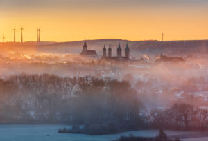 Germany, Saxony-Anhalt, Naumburg, sunrise, morning fog, view of the city of Naumburg with the cathedral and Wenceslas Church