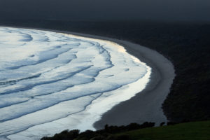 New Zealand, Otago,†Tautuku†Beach seen from Florence Hill Lookout†at dusk