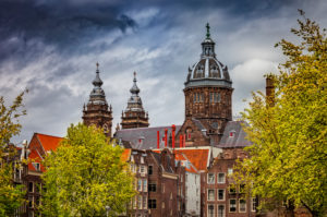 Netherlands,†North Holland, Amsterdam, Old town houses in front of†Basilica Of Saint Nicholas