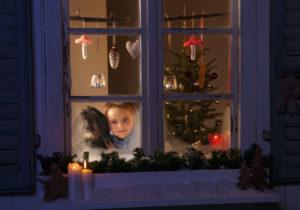Germany, Boy waiting for santa claus
