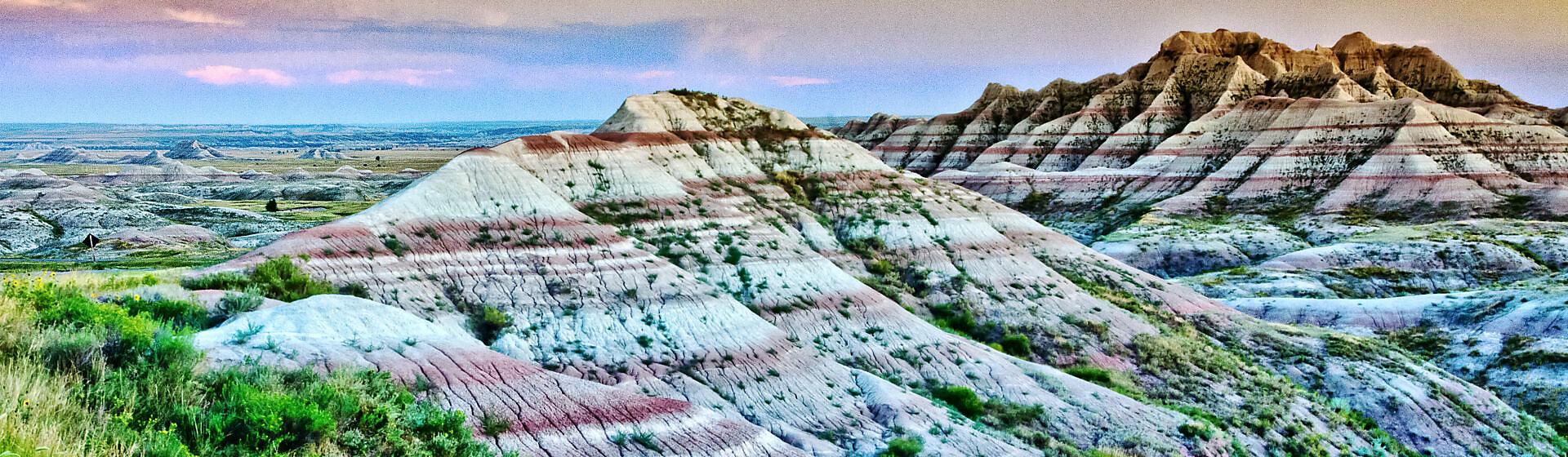 USA, South Dakota, Badlands National Park, Bergkamm