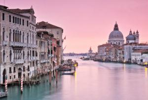 Italien, Venedig, Canal Grande, Morgenlicht, Kirche Santa Maria della Salute