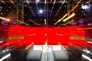Wolfsburg, Autostadt, roter Lamborghini, Lichter, Effekt