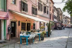 Restaurant in der Altstadt von Pula, Halbinsel Istrien, Kroatien