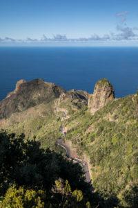 Straße nach Taganana und Atlantischer Ozean, Teneriffa, Kanarische Inseln, Spanien