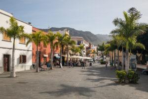 The Plaza de los Remedios, behind the Teno Mountains, Buenavista del Norte, Tenerife, Canary Islands, Spain