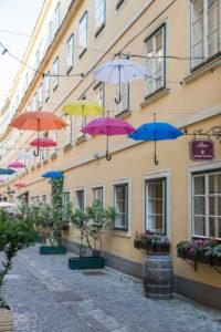 The Sünnhof-Passage with colorful umbrellas, passage and Biedermeier inner courtyard between Landstrasser Hauptstrasse and Ungargasse, 3rd district, Landstrasse, Vienna, Austria