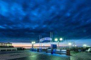 Binz, Mecklenburg-Vorpommern, Deutschland, Blick auf die Seebrücke