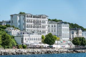 Sassnitz, Rügen, Mecklenburg-Vorpommern, Deutschland, Hotel Fürstenhof und Strandhotel