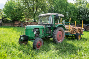 Breuberg, Hessen, Germany, Deutz D 30 S tractor with trailer. Displacement 1,700 cc, 28 hp. Year 1964
