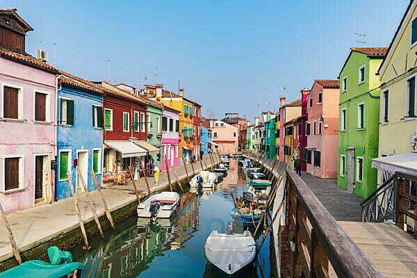 Burano, Venice, Island, Veneto, Italy, Northern Italy, colorful fishermen's houses, Europe