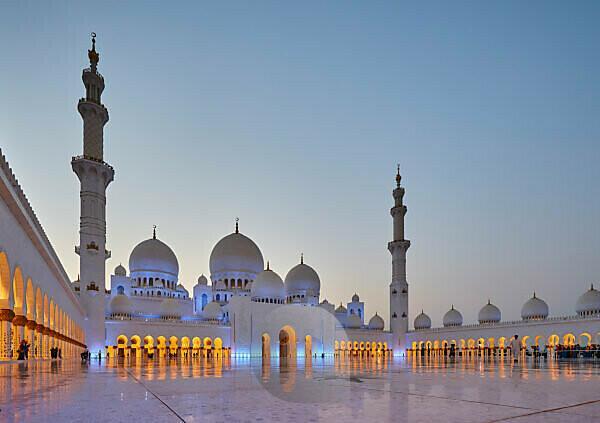 Abu Dhabi, UAE, Emirates, United Arab Emirates, Africa, Middle East, Grand Sheikh Zayed Mosque, Blue hour,