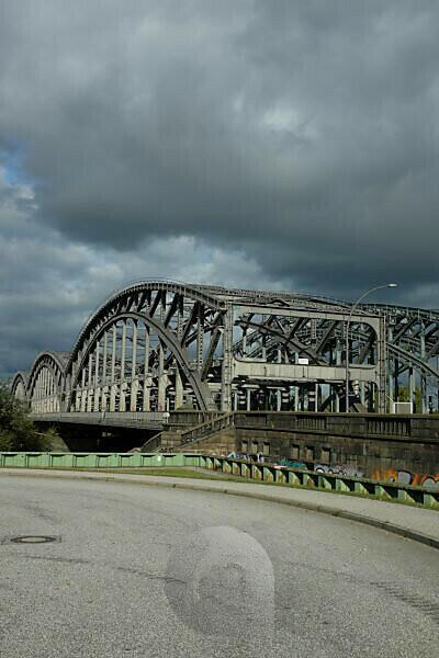 Hamburg Elbe bridges