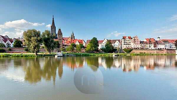 City fortification, Metzgerturm, Fischerviertel, Ulm Minster, Danube, old town, Ulm, Baden-Württemberg, Germany