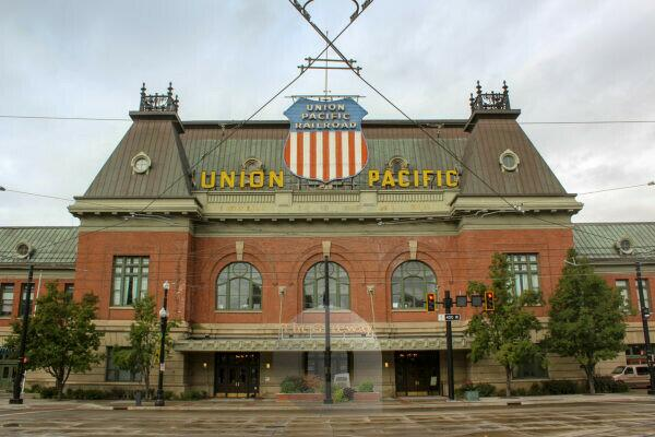 Exterior view of the Union Pacific Railroad building in Salt Lake City, Utah