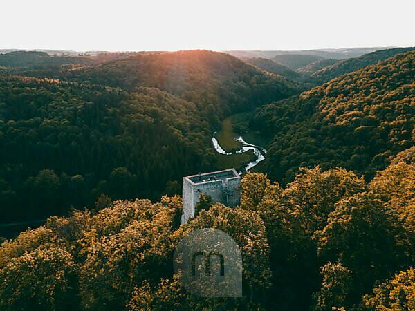 Ruins of Wartstein, Felsensburg, Großes Lautertal, Erbstetten, Ehingen, Baden-Württemberg, Germany, Europe, aerial view, sunset