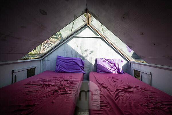 Schlafen unter den Sternen, Holzhütte in Akaroa