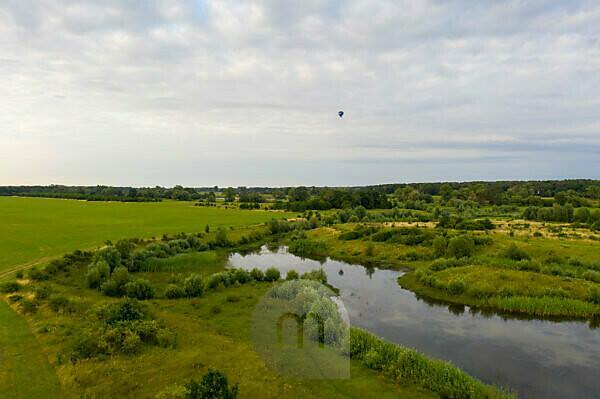 Deutschland, Sachsen-Anhalt, Glindenberg, Weiher an der Elbe, Umflutgebiet, Luftaufnahme mit Drohne.