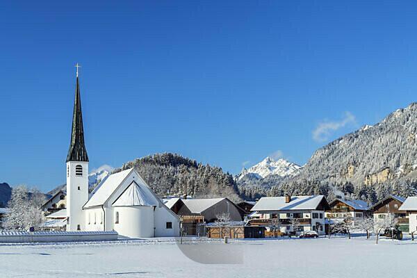 Kirche in Graswang im Graswangtal, Ettal, Oberbayern, Bayern, Deutschland