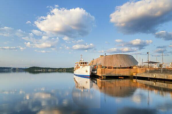 Historisches Dampfschiff an der Akkerbrygge in Oslo, Norwegen, Skandinavien, Nordeuropa, Europa
