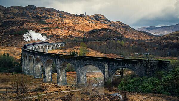 Scotland, Highlands, Glenfinnan Viaduct