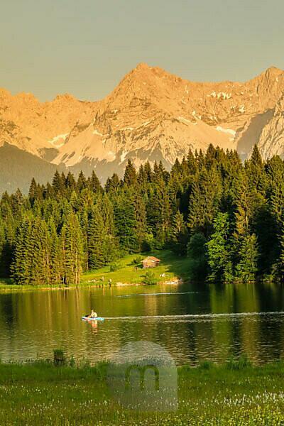 Geroldsee in the evening light against Karwendel Mountains, Upper Bavaria, Bavaria, Germany