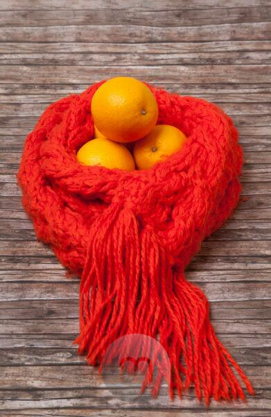 Defences, precaution, medicine, health, oranges, scarf