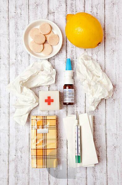 Coryza, medicine, health, handkerchiefs