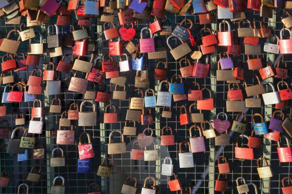 love locks, landing stages, Hamburg, Germany