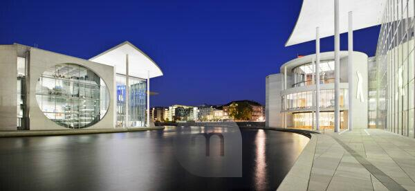Germany, Berlin, government district, the Bundestag, The Paul Löbe Haus (building) and the Marie-Elisabeth-Lüders-Haus on the Spree, night photography